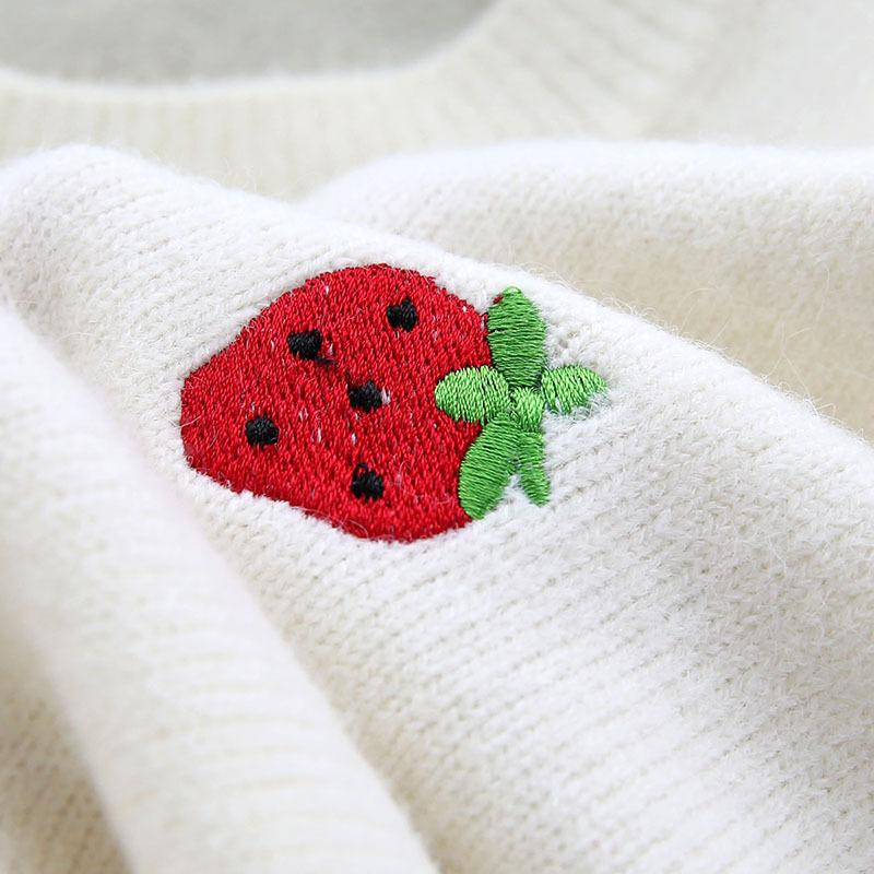 フルーツ入りのニットセーター【fruits knit sweater】