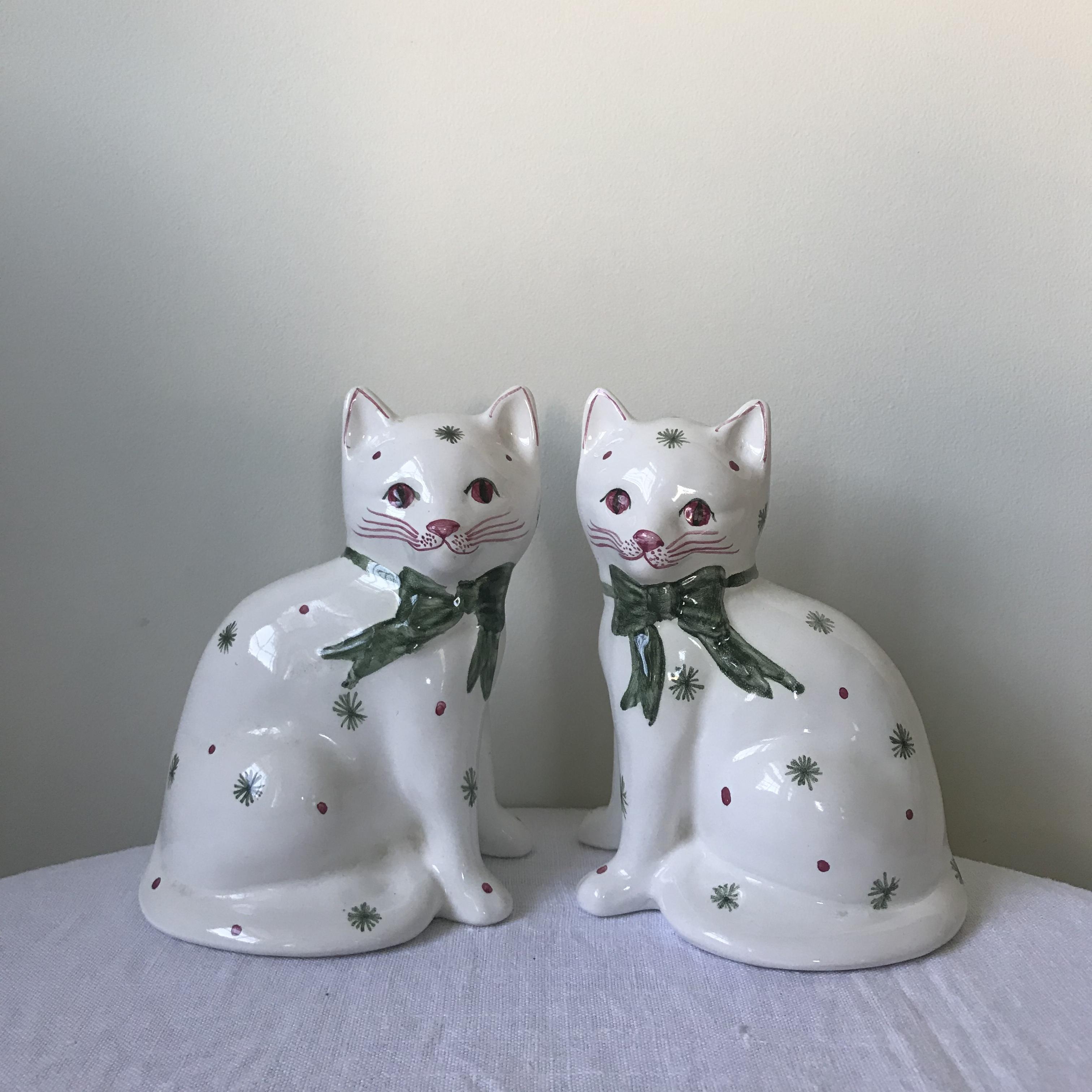 猫の置物5