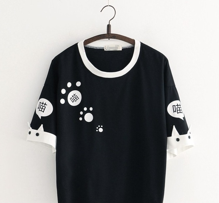 吹き出し猫グラフィックTシャツ