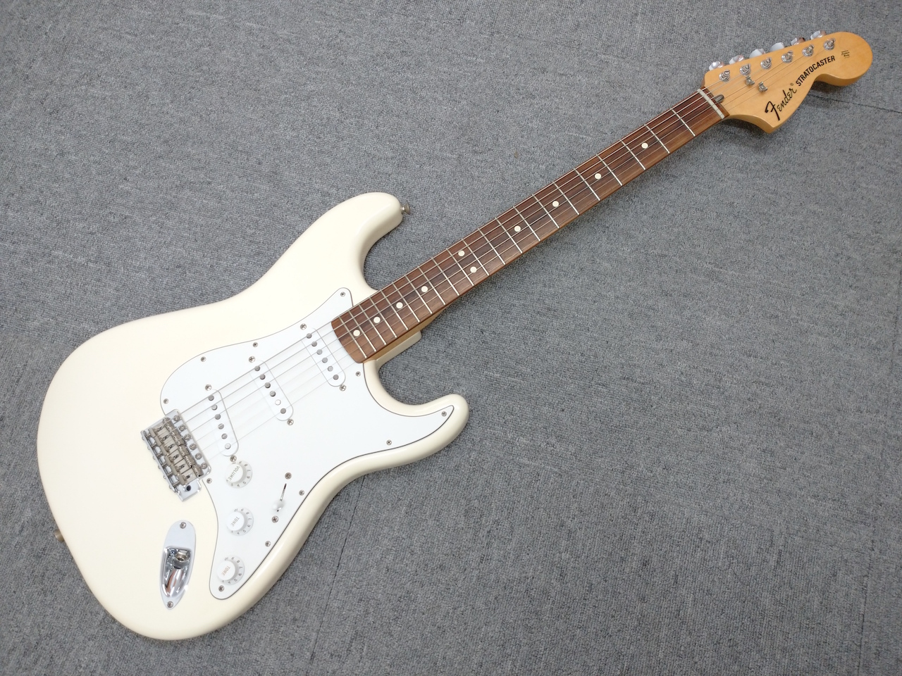 fender (フェンダー) / Classic Series 70's Stratocaster Olympic White ストラトキャスター 【USED】