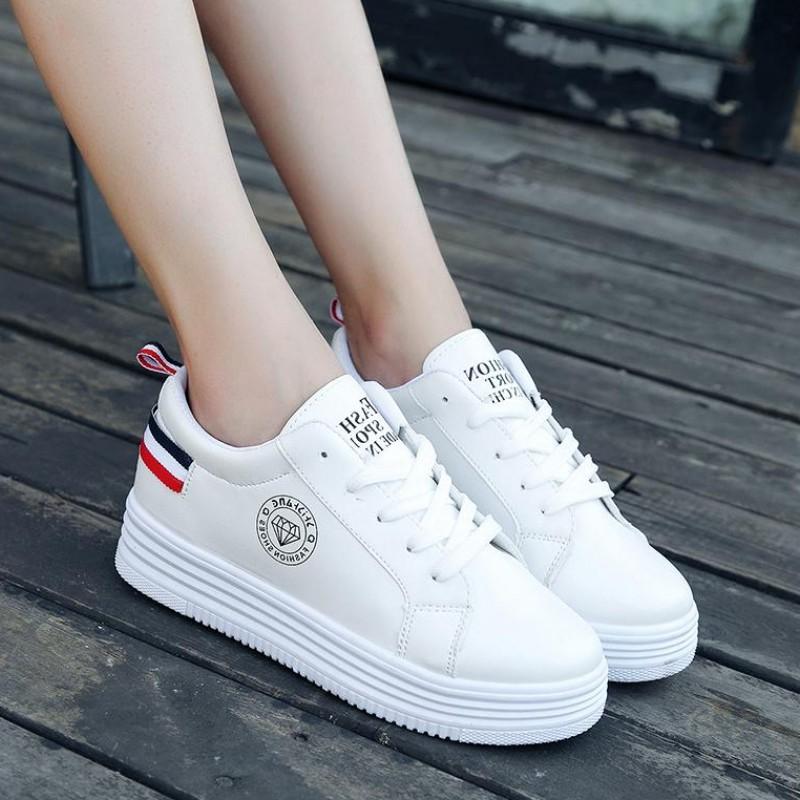 【shoes】カジュアル配色合わせやすいスニーカー22828632