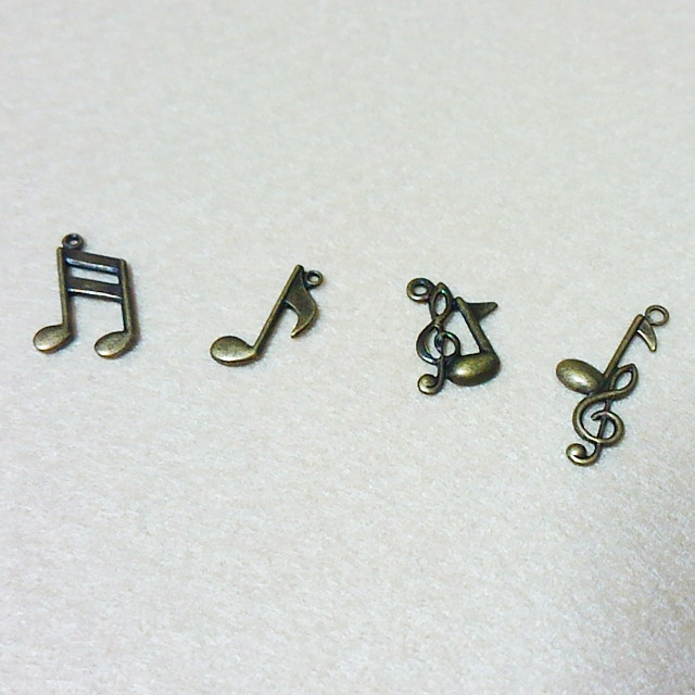 【国産・高品質】音符チャーム [L01-004]