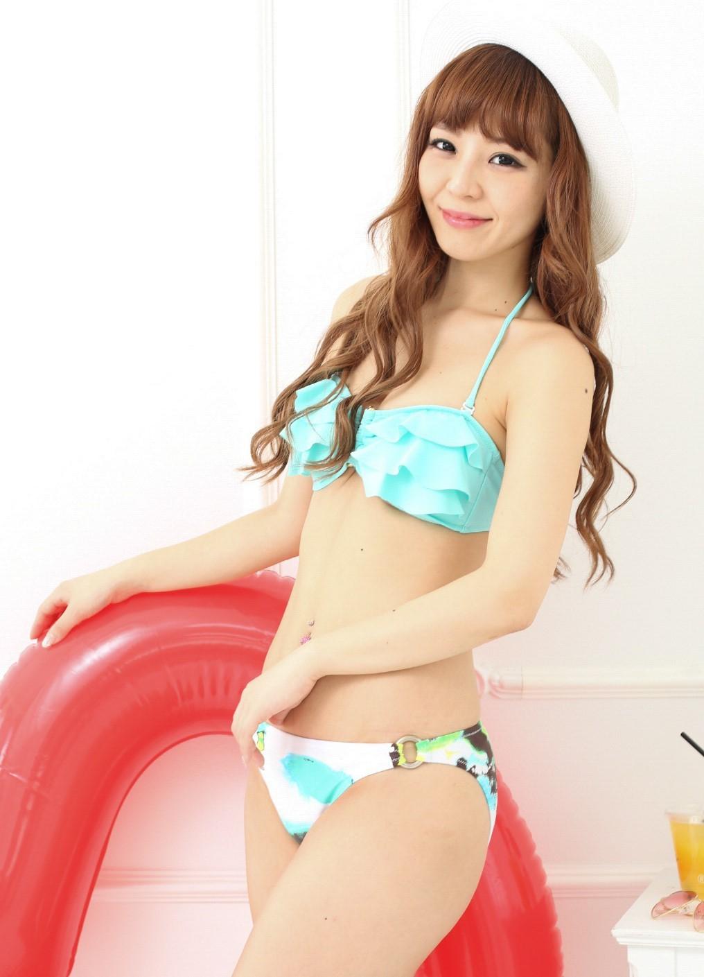 フリルバンドゥビキニ☆水着 ライトブルー 水色