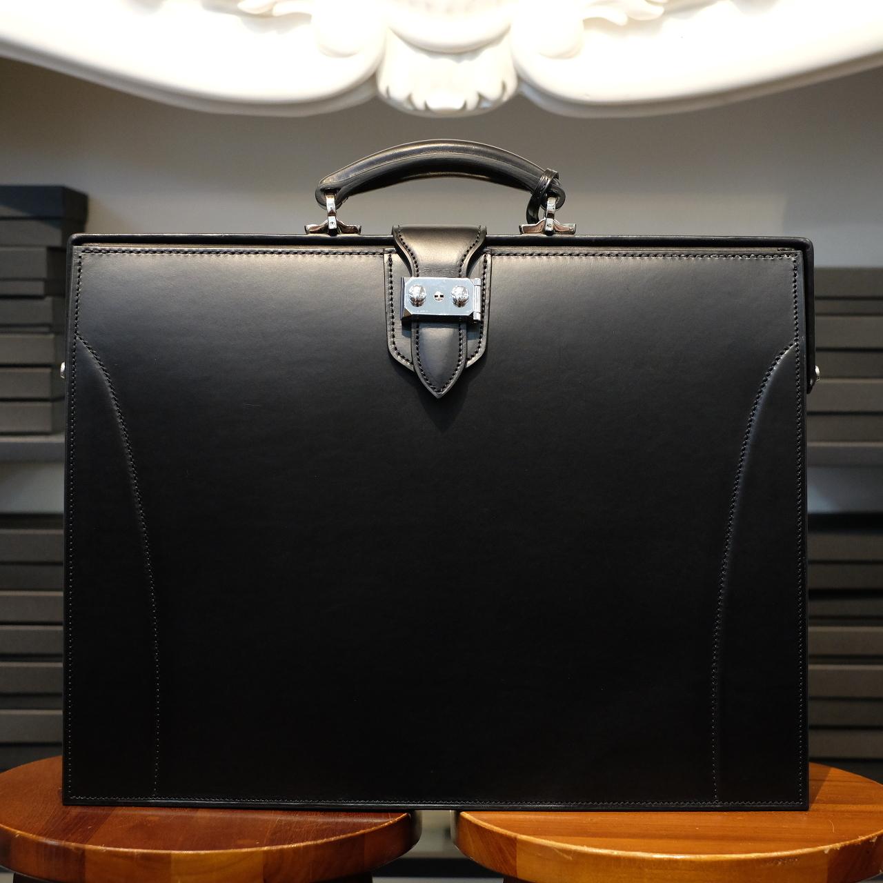 ル・ボナー 細マチダレスバッグ(2マチダレス) ブラック