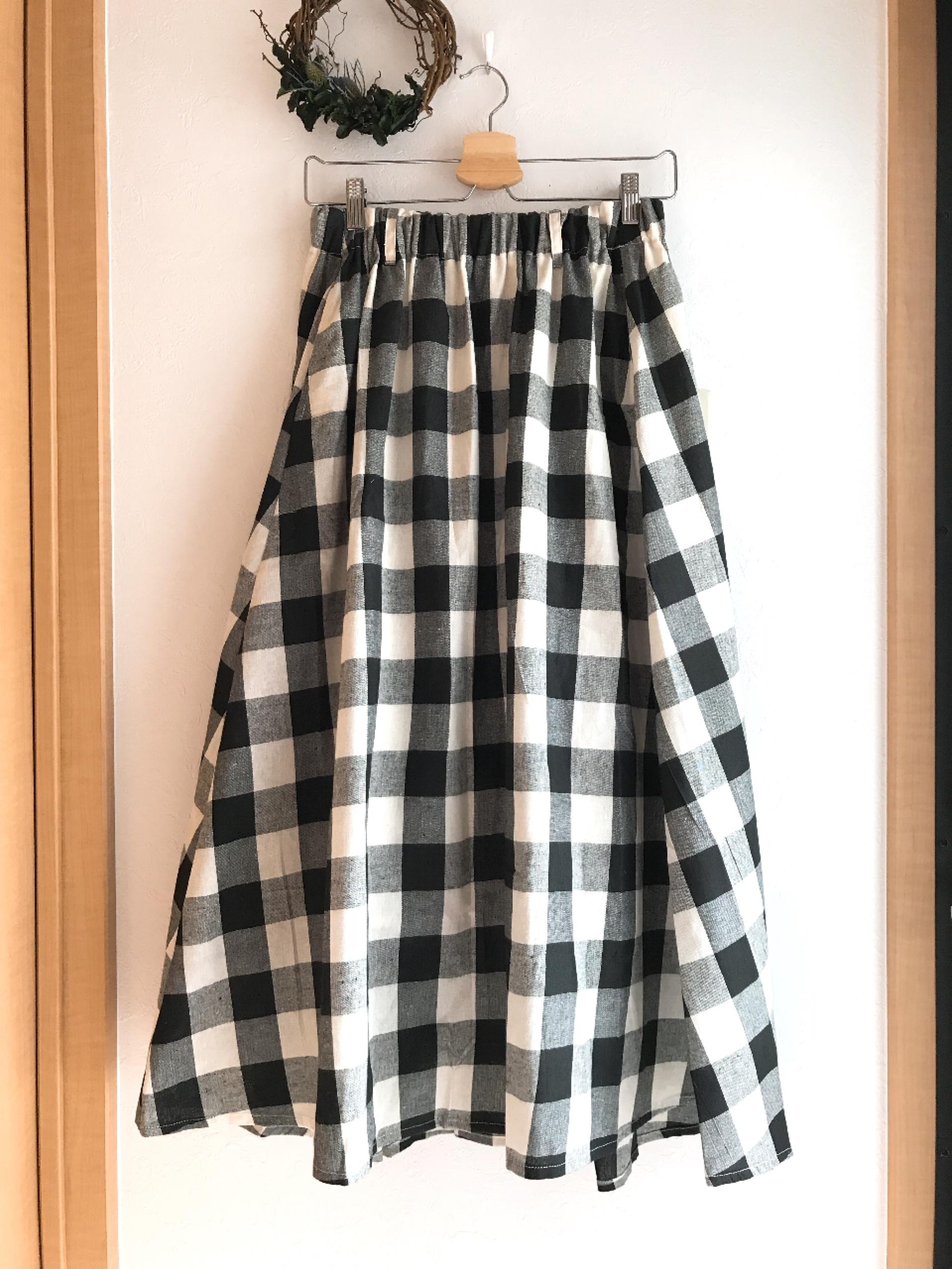 再入荷★ブロックチェックのロングフレアスカート
