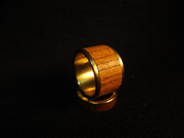 木と真鍮の指輪 ケヤキ 象嵌リング 大