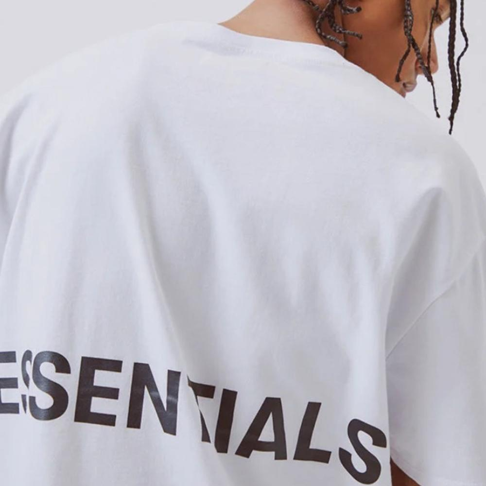 FOG ESSENTIALS / Boxy Graphic T / White