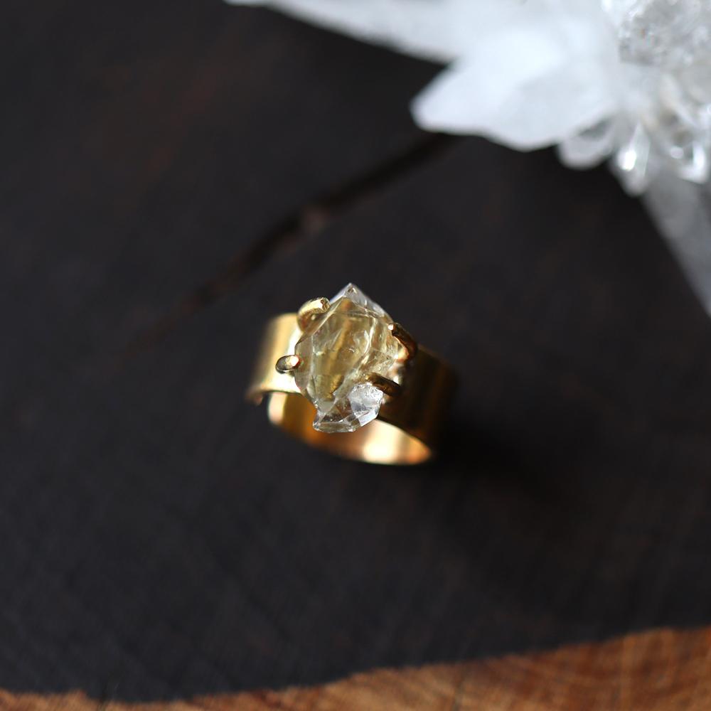 【一点物/S】原石ダイヤモンドクォーツの幅広イヤーカフ