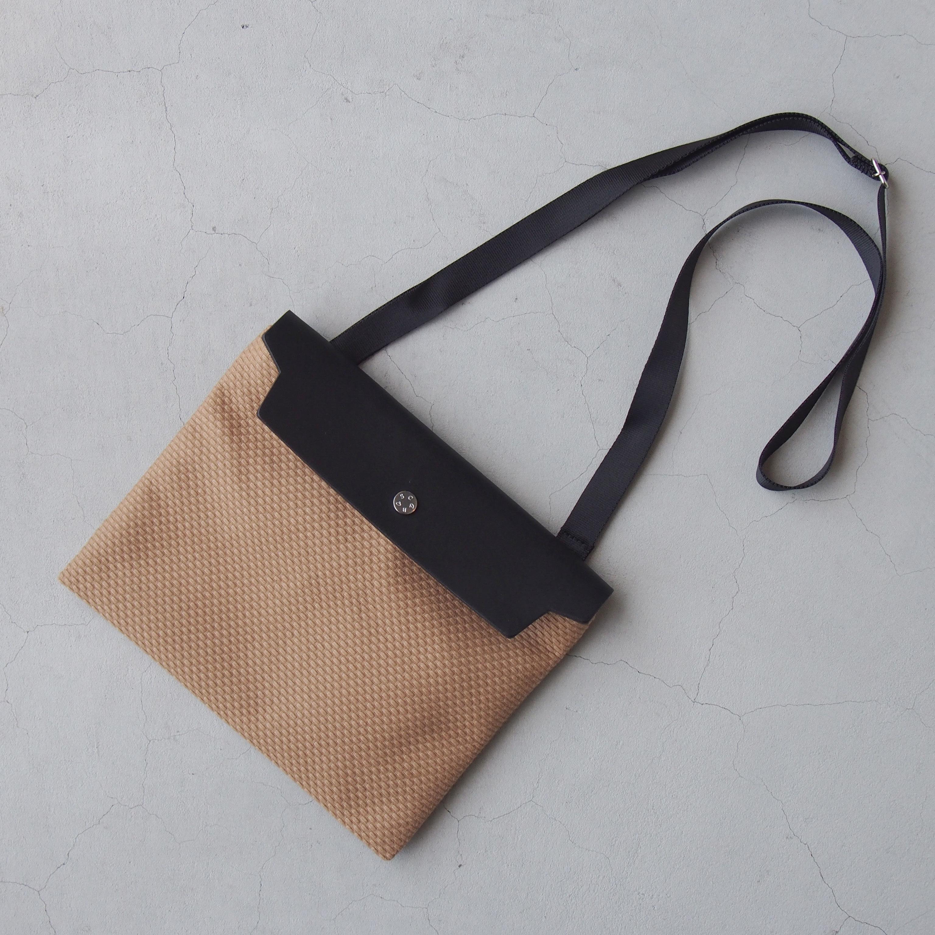 CaBas N°60 Micro Shoulder medium Brown/Black