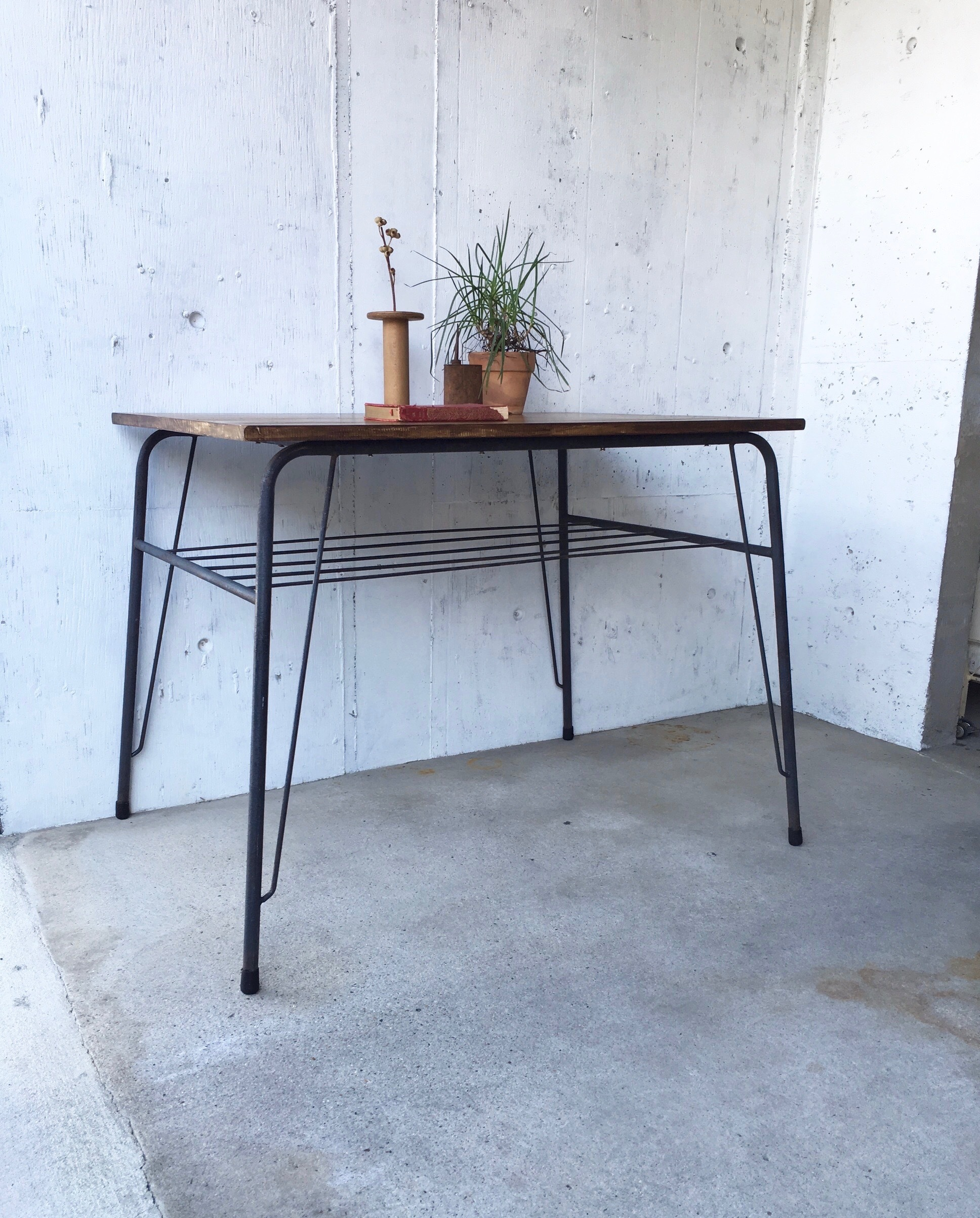 木味×アイアン脚のテーブル[オリジナルリメイク]