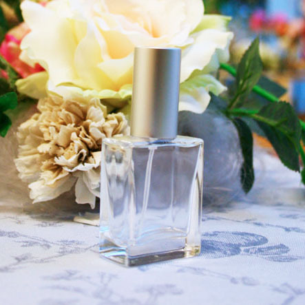 平角スプレーボトル(ガラス製香水瓶) 15ml