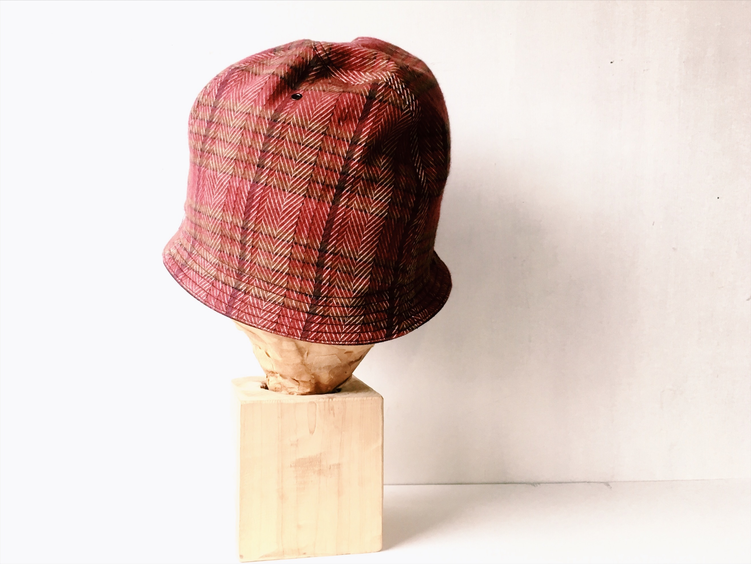 HELMA HAT | H.CHECK×SUEDE RED