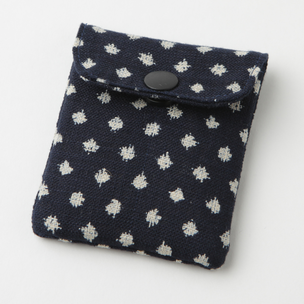 携帯灰皿 おしゃれ かわいい 和柄 雪絣 ネイビー 熟練職人のハンドメイド インナーリフィル合計2個付属 日本製