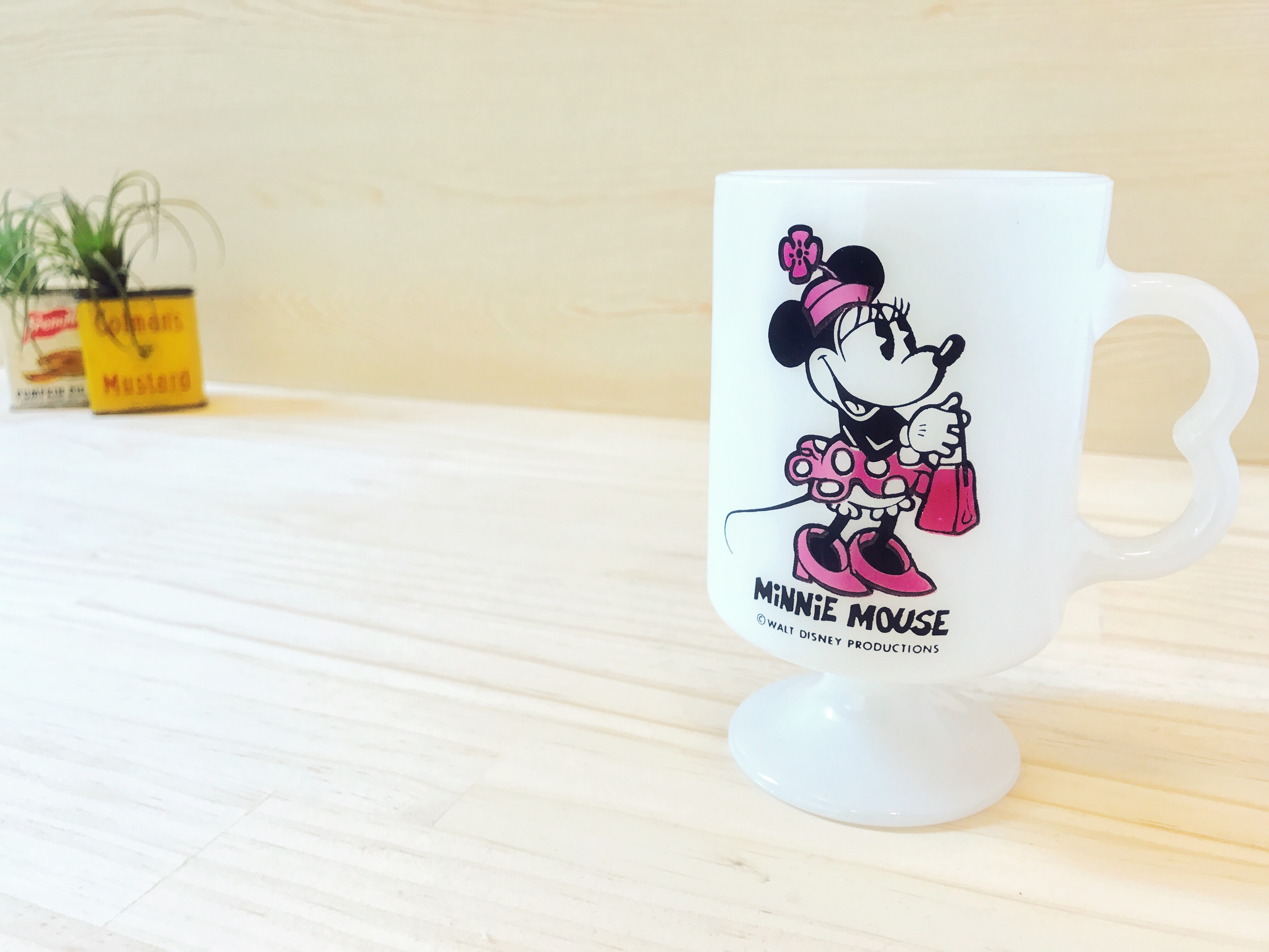 [FEDERAL] ディズニー ミニー 足つきマグ ミルクガラス