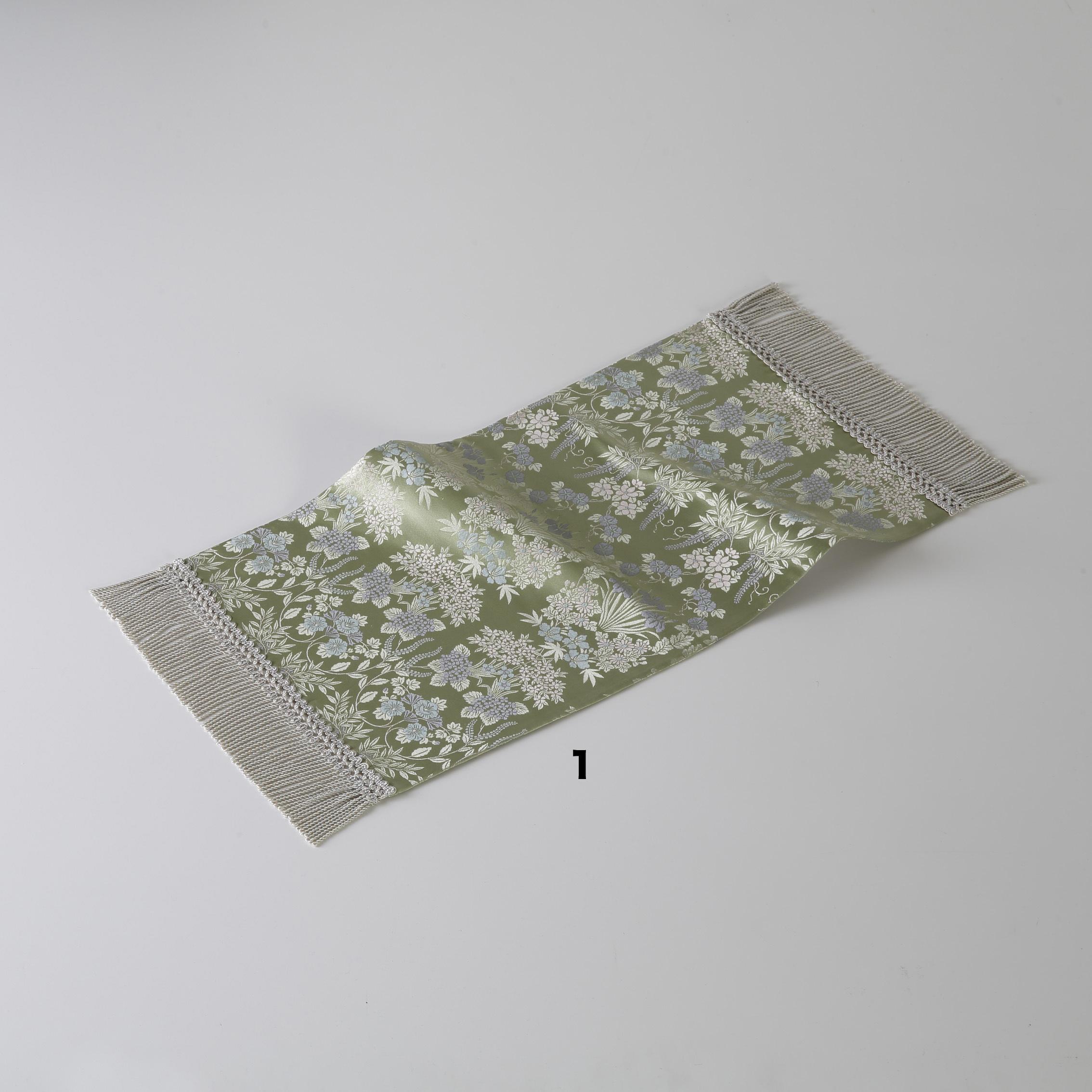 テーブルセンター  芳文四季草花