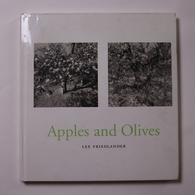 Apples and Olives / Lee Friedlander