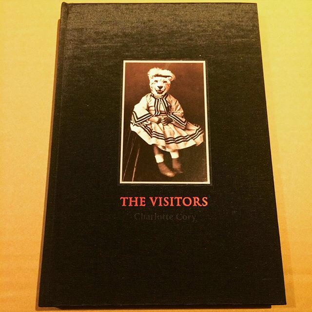 作品集「The Visitors/Charlotte Cory」 - 画像1