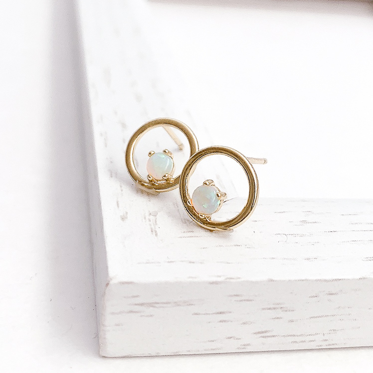 Opal circle pierce/earring