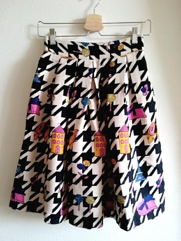 千鳥格子のお洒落柄スカート