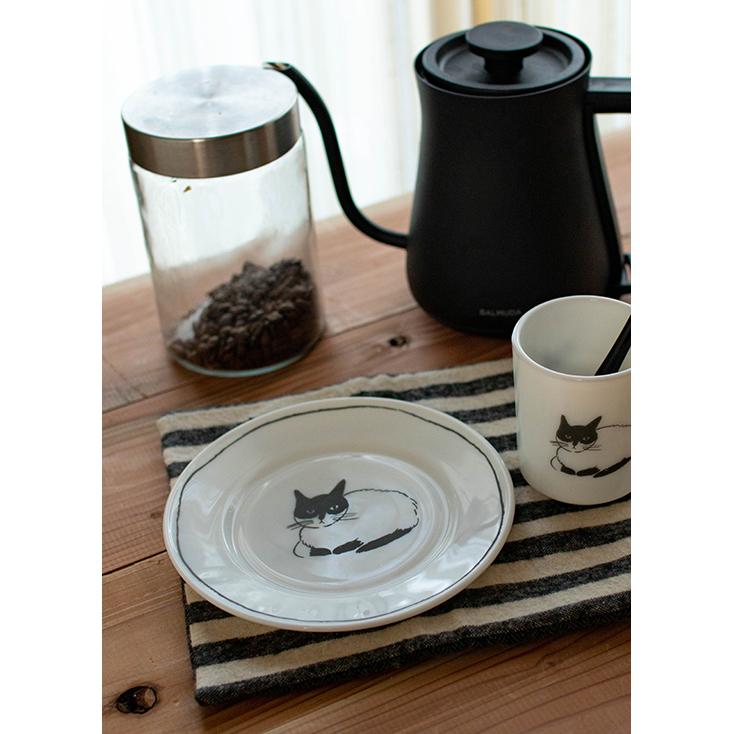 【残1】猫の食器ミルクガラス17.5cmプレート皿/松尾ミユキさんイラスト