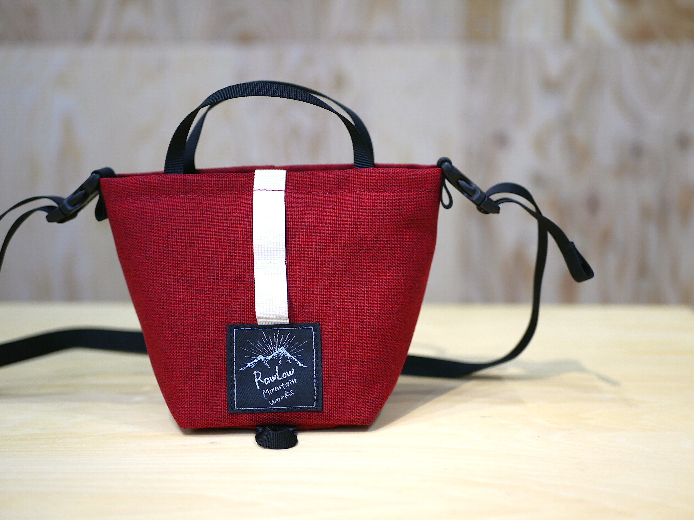 RAWLOW MOUNTAIN WORKS / TIBITIBI TOTE (CANDY APPLE RED)