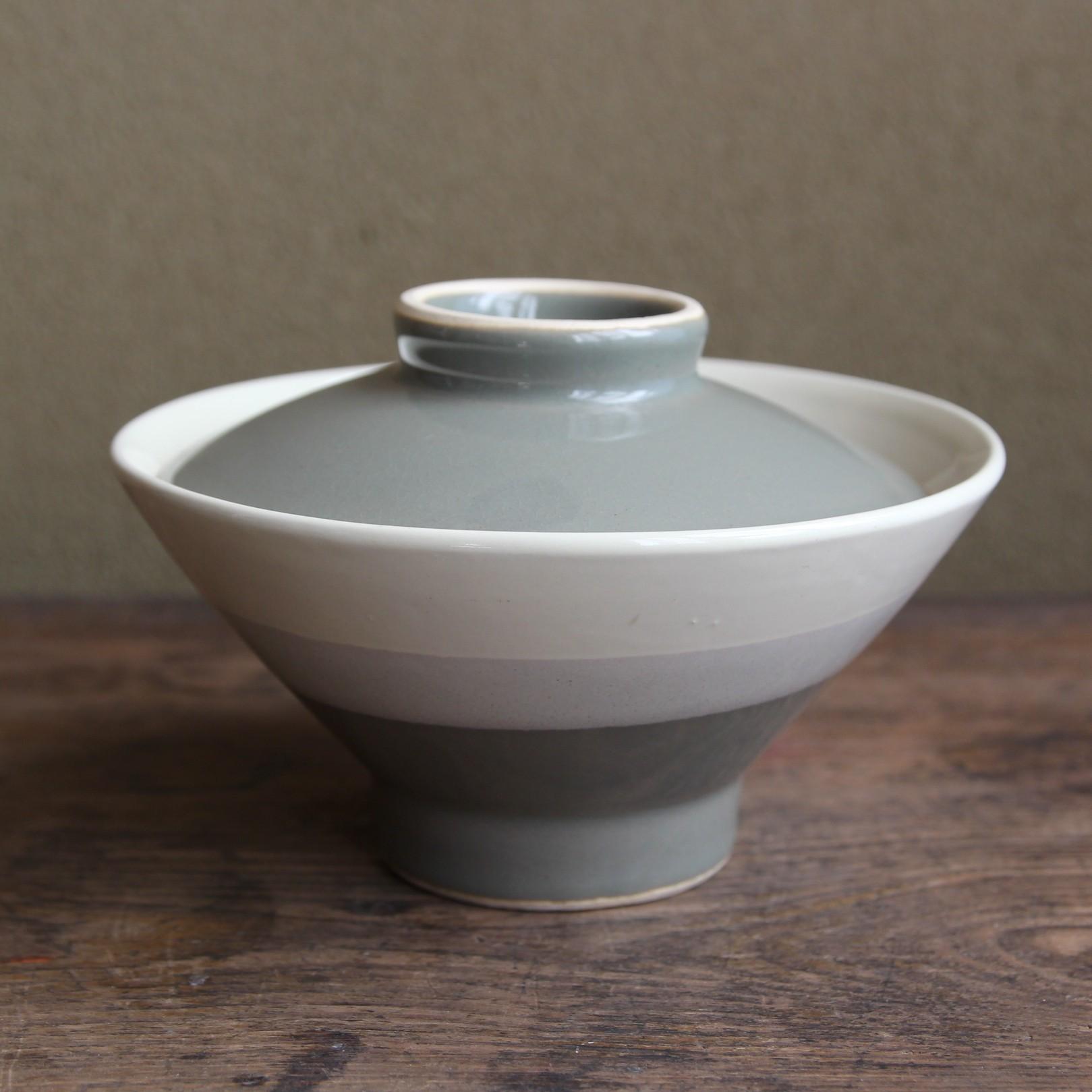 グレーグリーン 蓋付飯茶碗