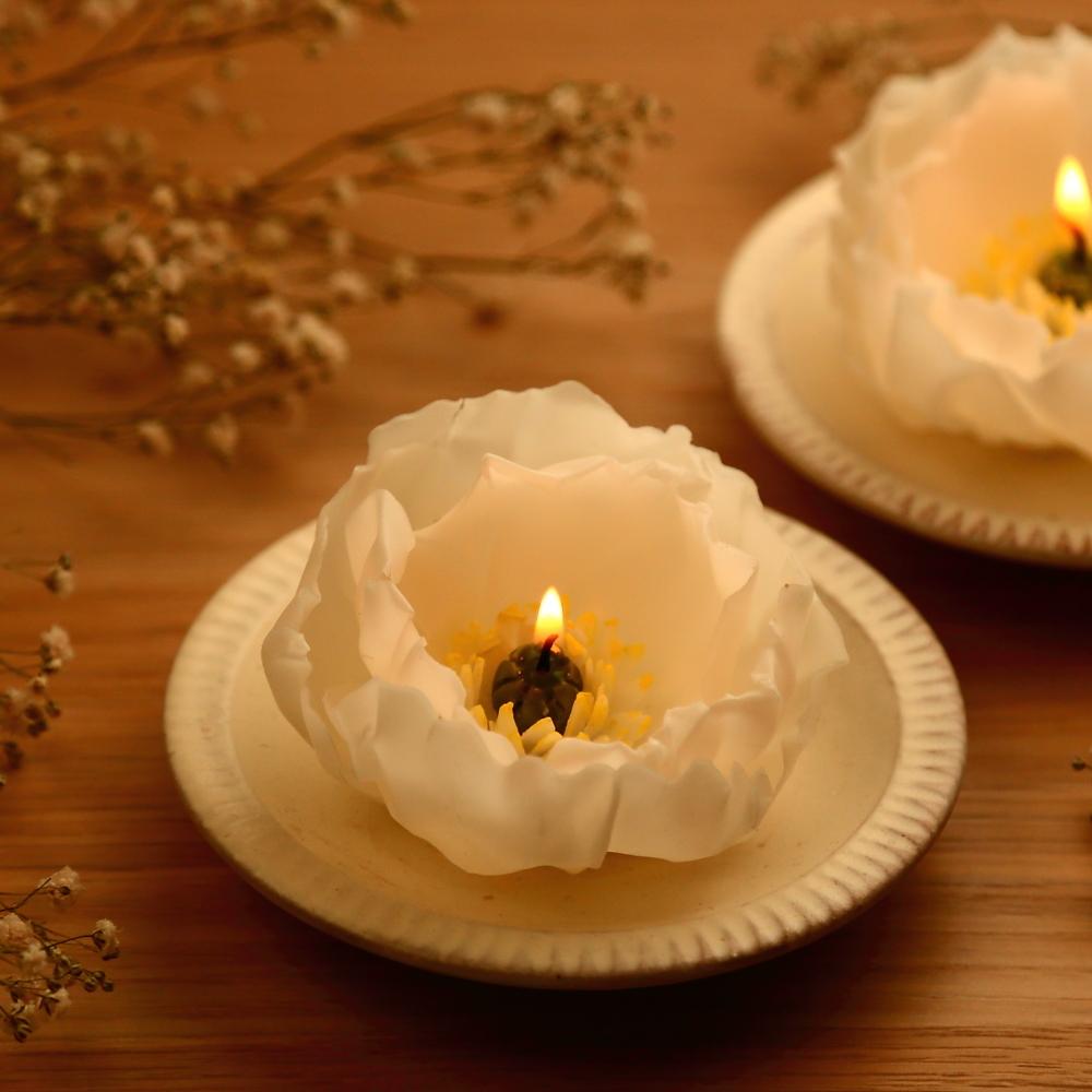 ホワイトポピー 天然の蜜蝋 ~アロマ香るフラワーキャンドル~