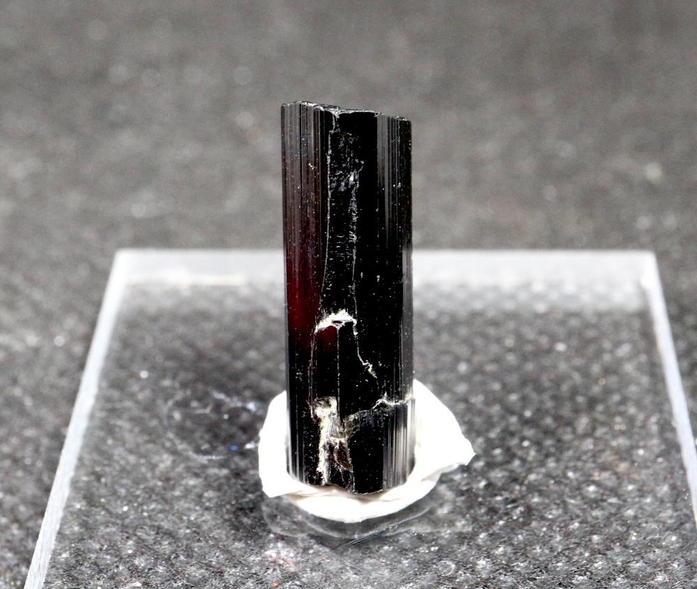 カリフォルニア産!ブラックトルマリン 1,6g 原石 鉱物 標本 T025