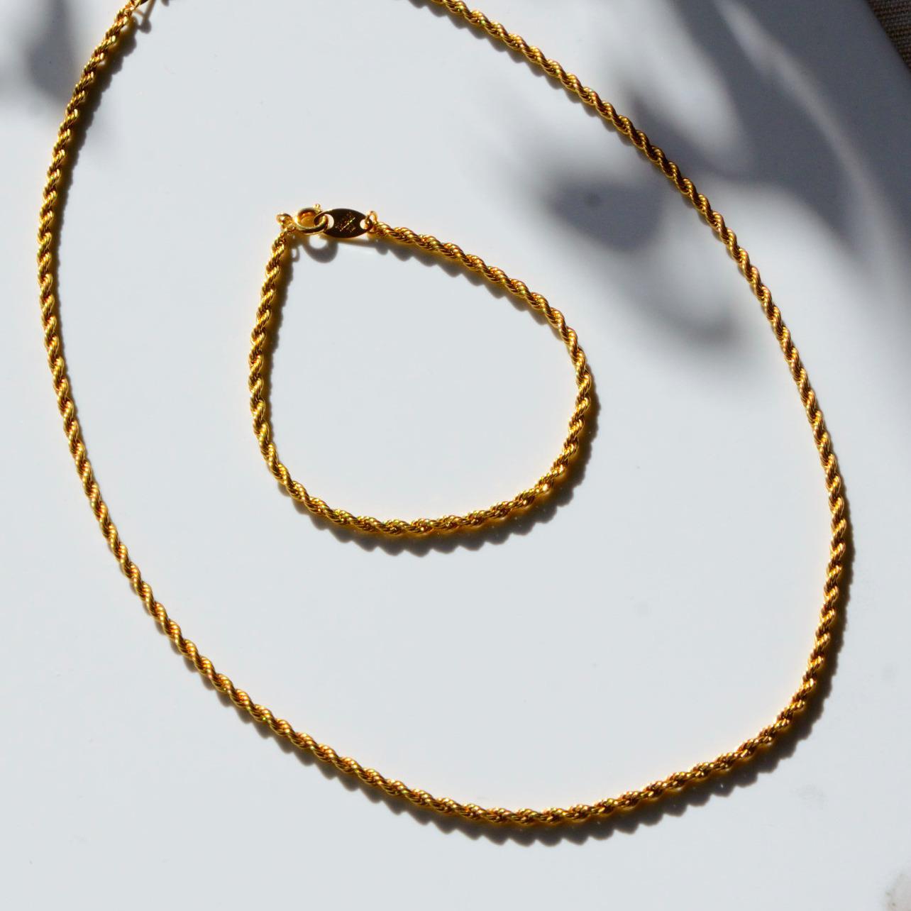 《TRIFARI / トリファリ》ゴールドチェーンネックレスとブレスレット