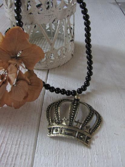 パールビーズ*王冠ネックレス/セレクト雑貨