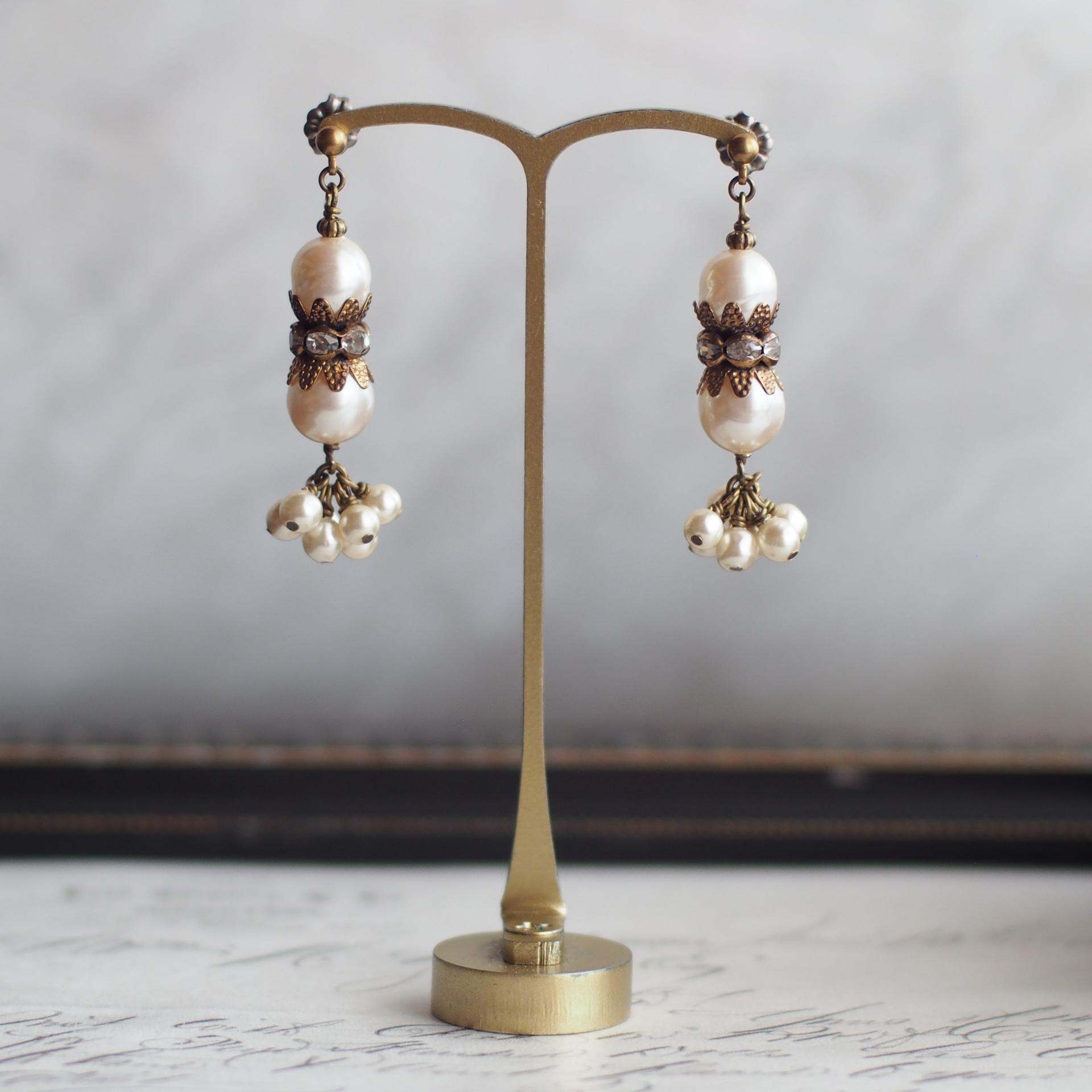 カーテンコール / 耳飾り(GlassPearl フリル)