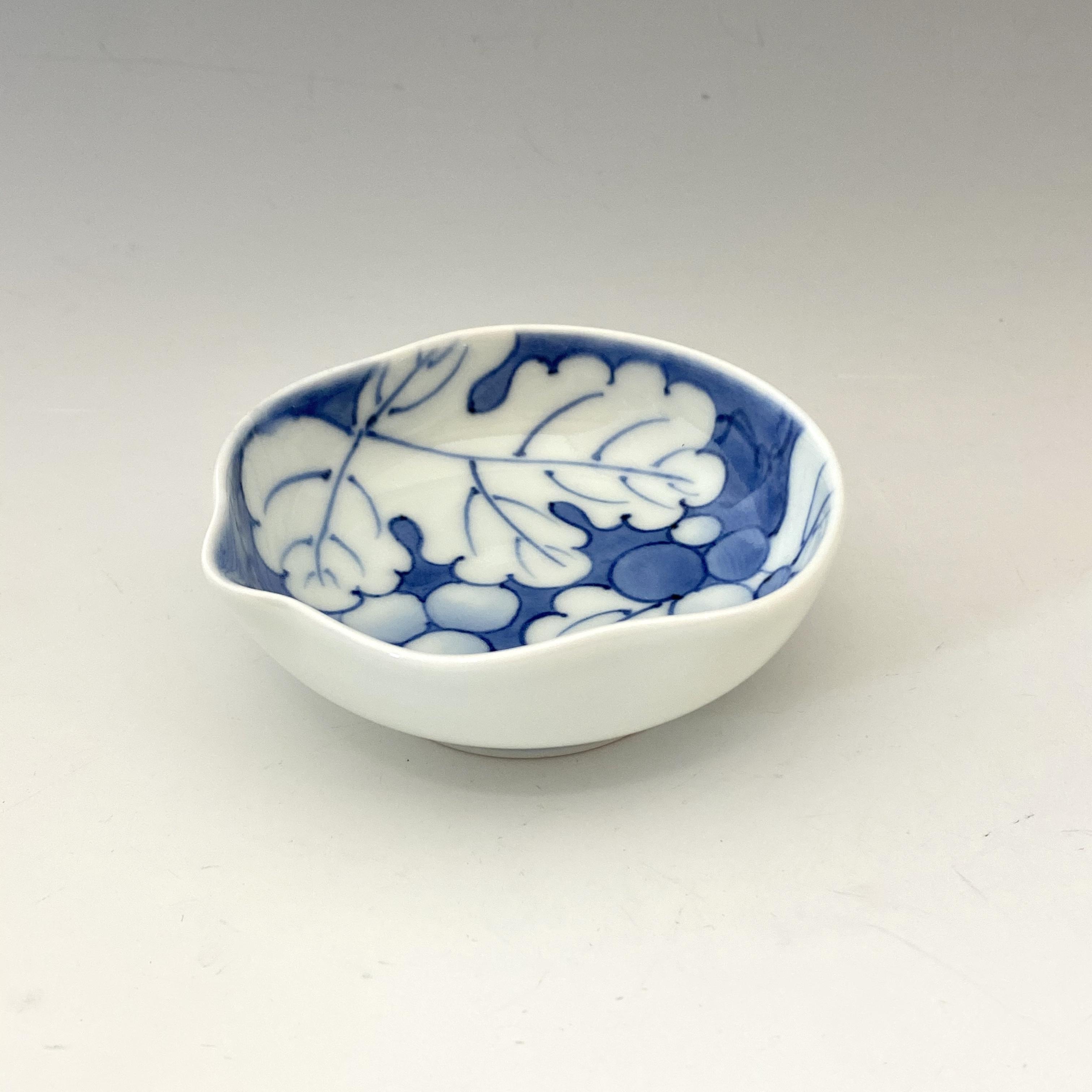 【中尾英純】染付葡萄絵豆皿