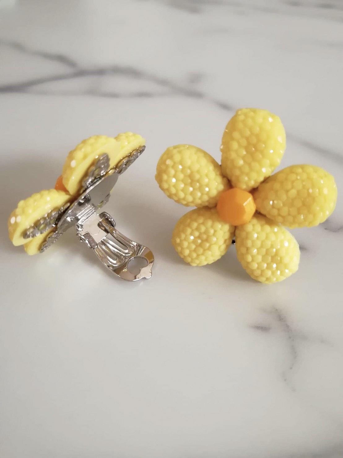 【送料無料】キャンディーフラワーイヤリング(Bijoux Artigianale)