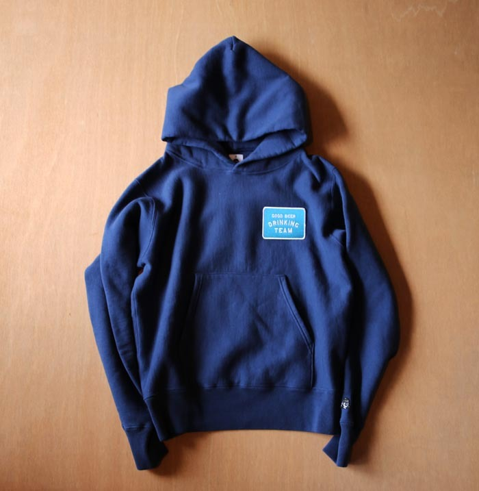 TACOMA FUJI RECORDS GOOD BEER DRINKING TEAM PATCH HOODIE NAVY designed by Shuntaro Watanabe