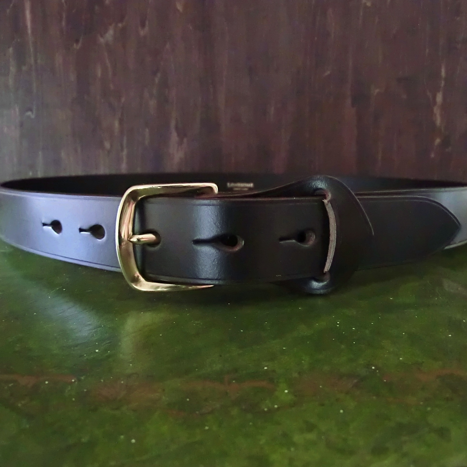 Bridle leather belt -Sourire- ブライドルレザーの一枚革ベロ付ベルト