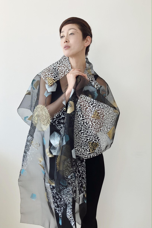 伝統工芸士作 羽衣「伽羅_切箔」
