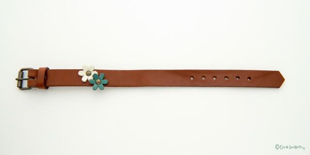 ワンポイントベルト茶色ブルー花M