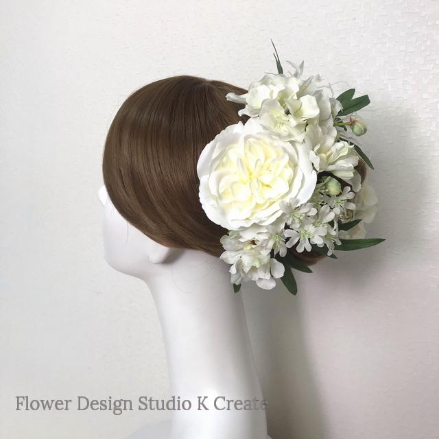 オールドローズと胡蝶蘭とネリネのヘッドドレス  成人式 和装婚 オールドローズ  紫陽花 髪飾り 造花 白 バラ
