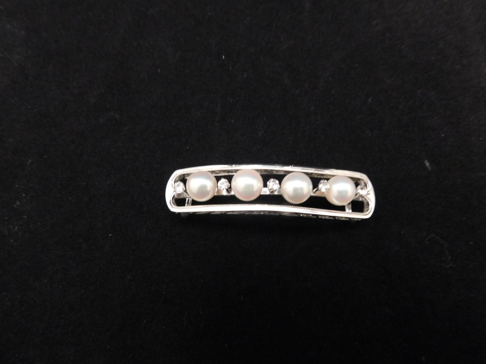 真珠(4個)の帯留 four pearsl obi sash clip