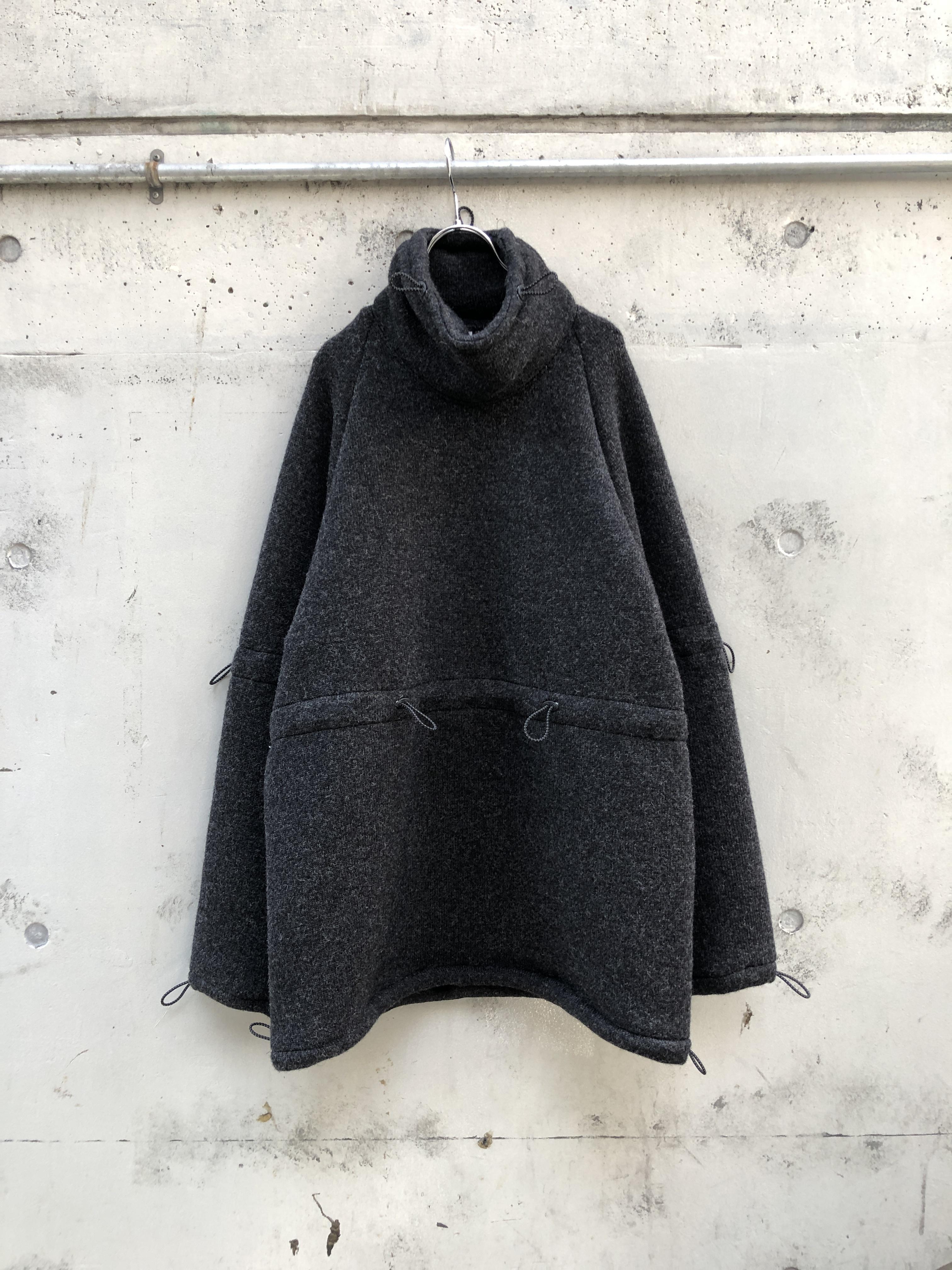 『RICE NINE TEN』adjustment hige neck wool jersey knit /  DARK GREY