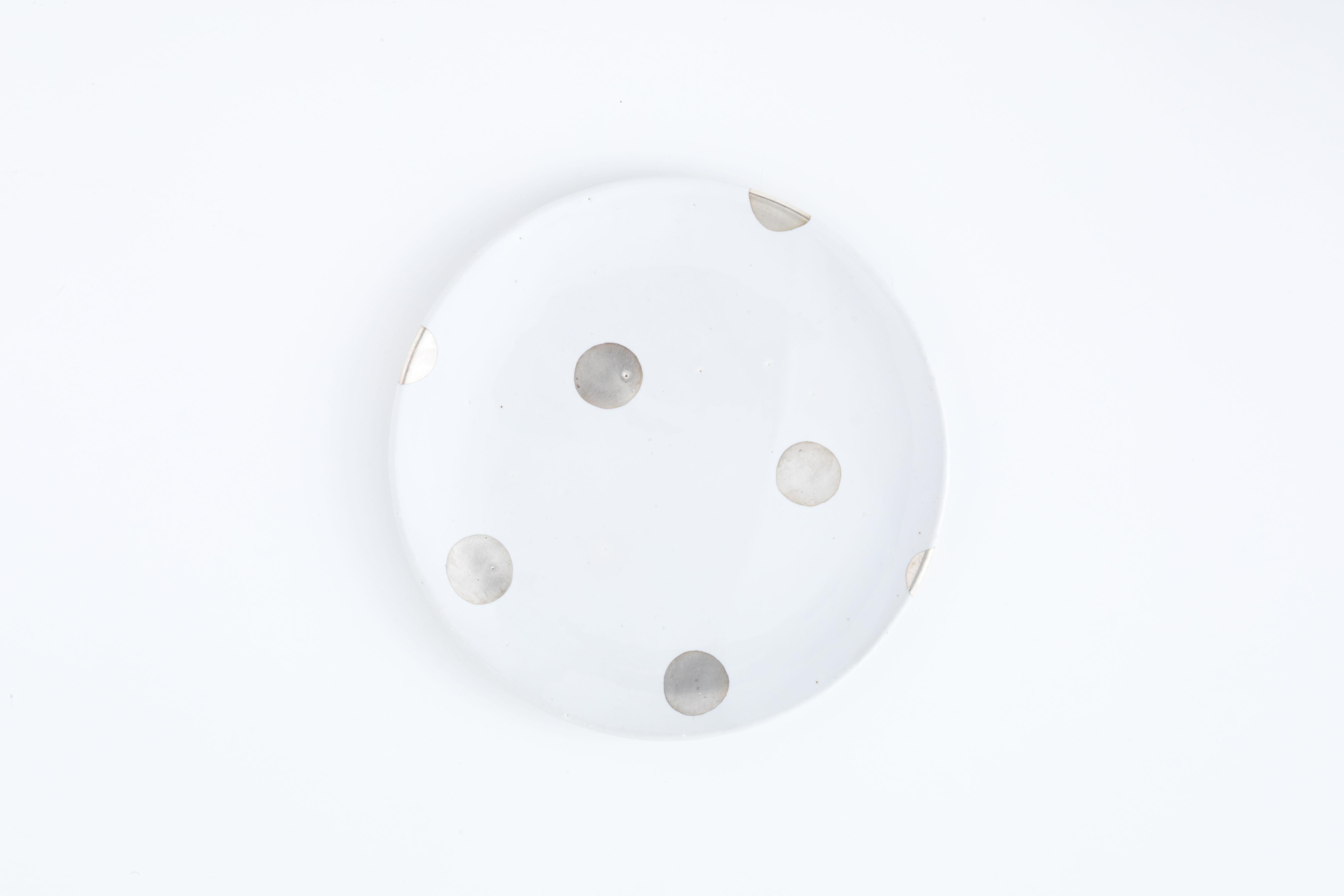 5寸皿:銀彩(ドット) / 中囿義光