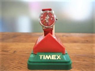 品番0767 タイメックス製 ヴィンテージ腕時計(赤) 011