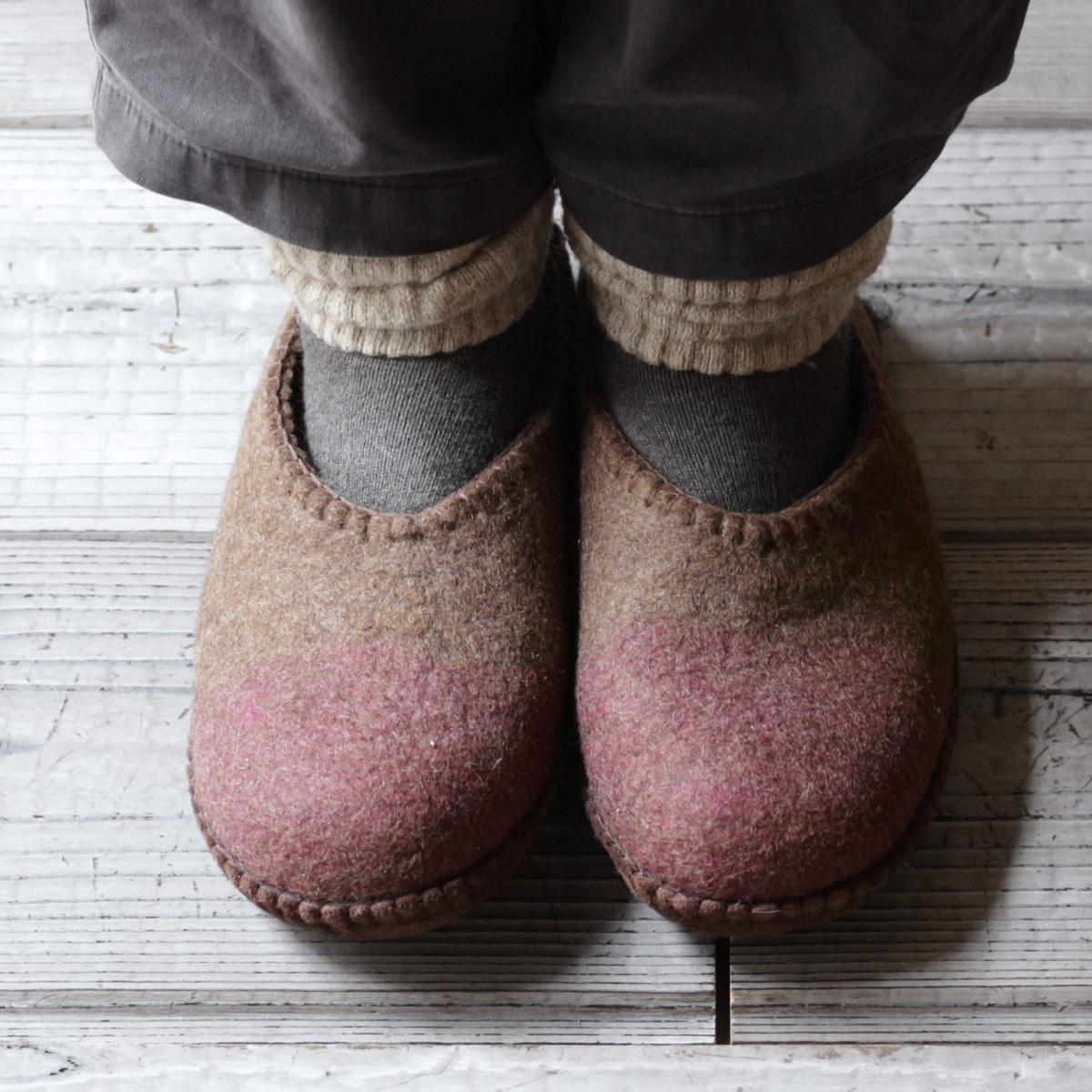 モンゴル羊毛のルームシューズ 2020 /  MUNAGE x PINK