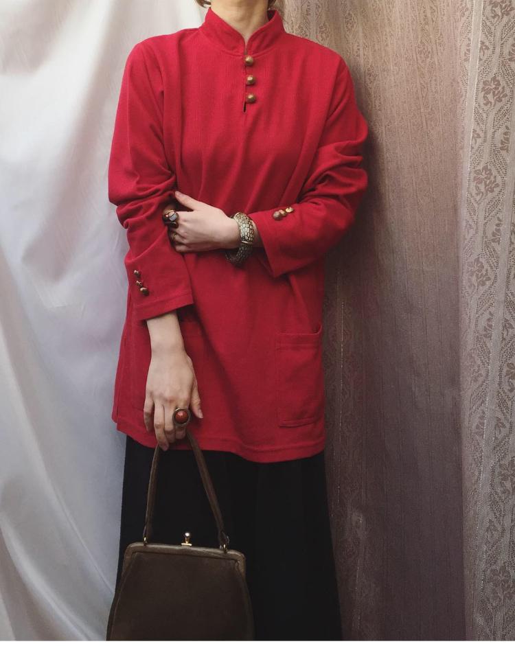 vintage red tops
