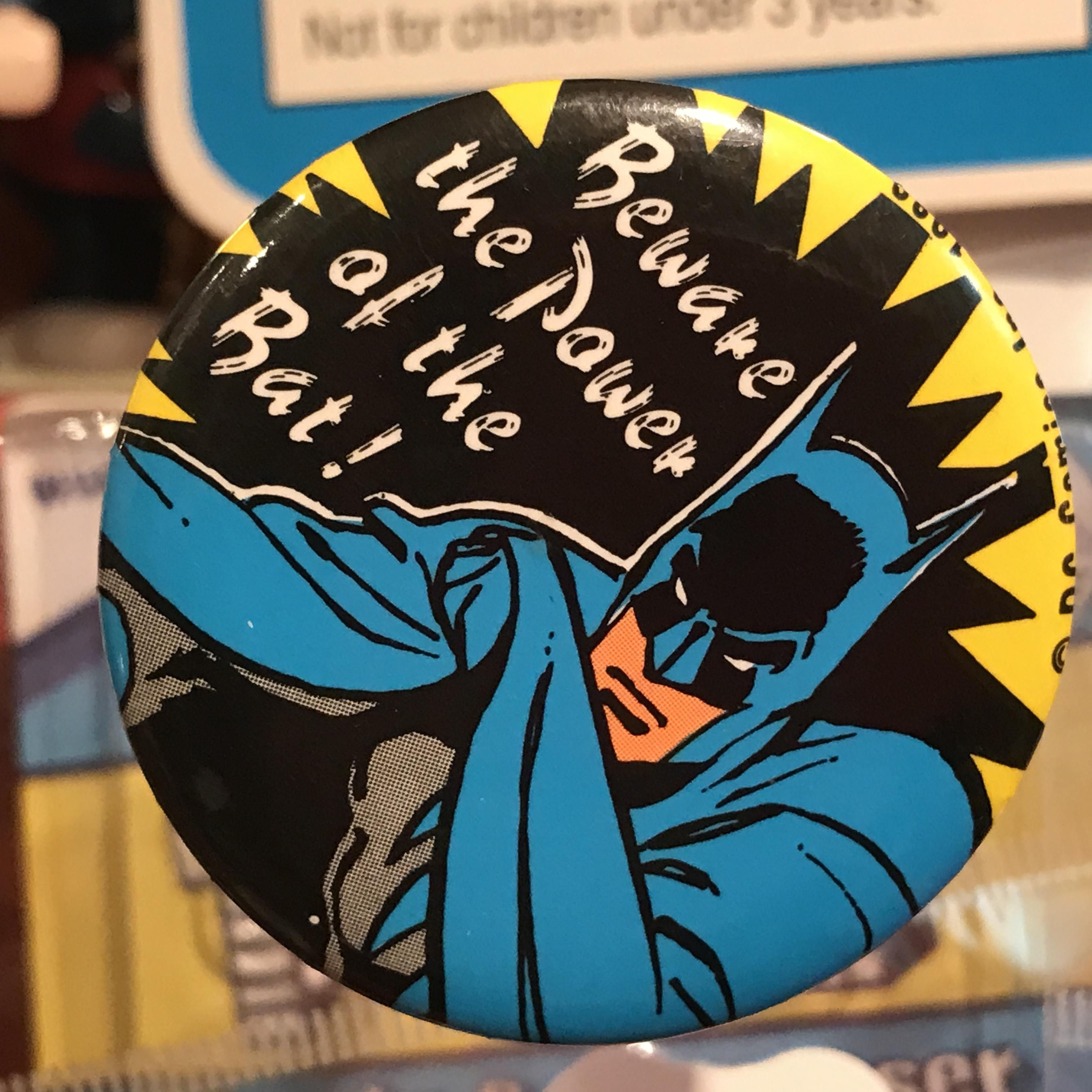 バットマン オールド 缶バッジ 「the power of the bat」ver.