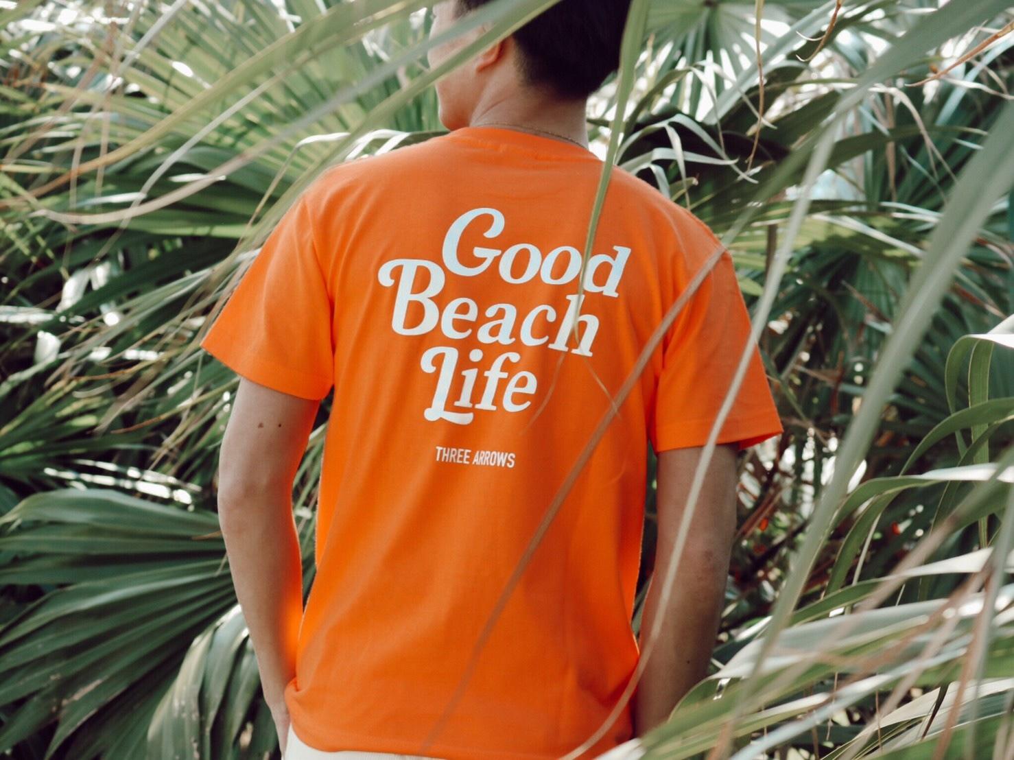 Good Beach Life Tシャツ(orange × white)