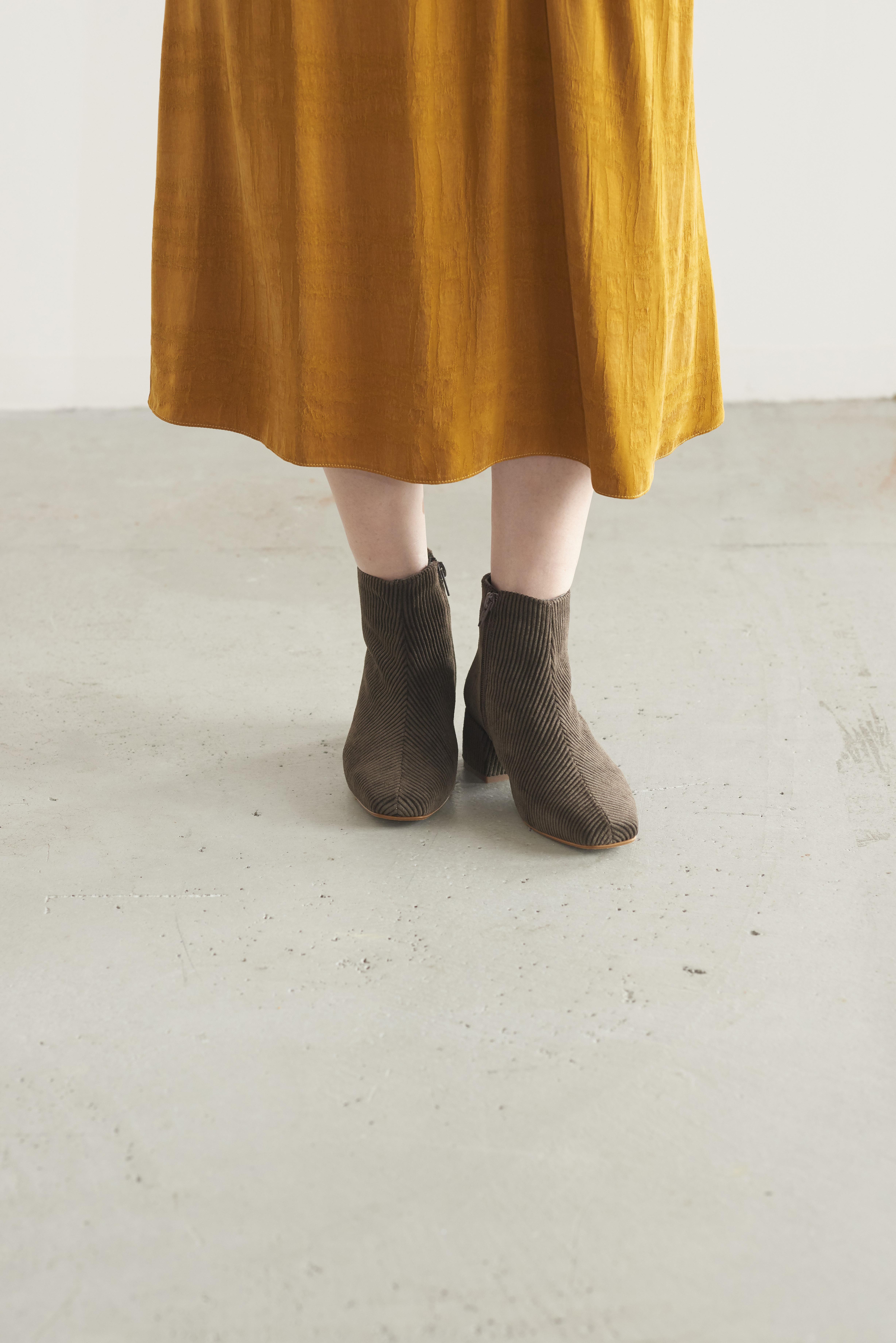 REMME-VA Corduroy boots
