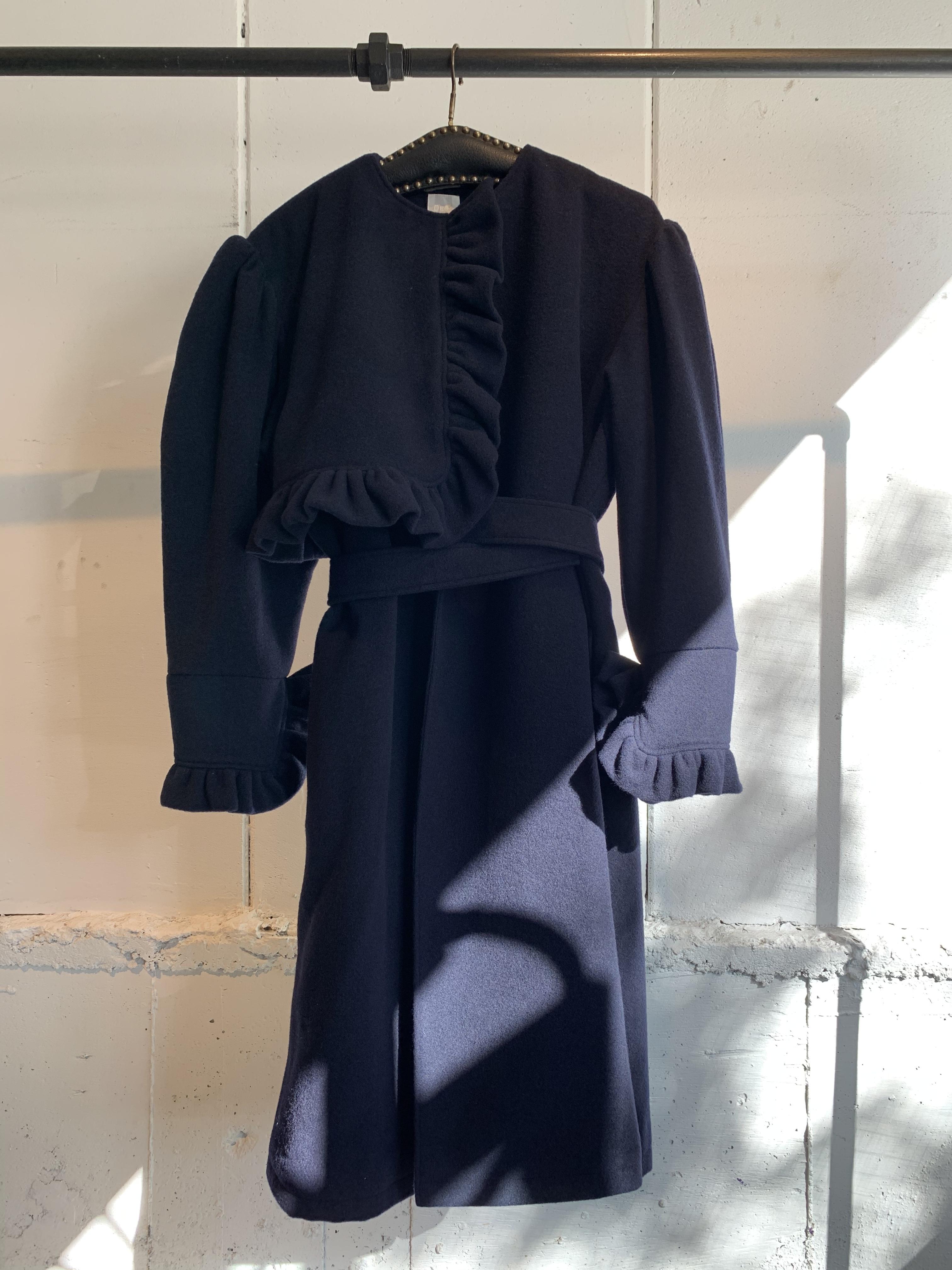 DECO depuis 1985  asymmetry frill coat
