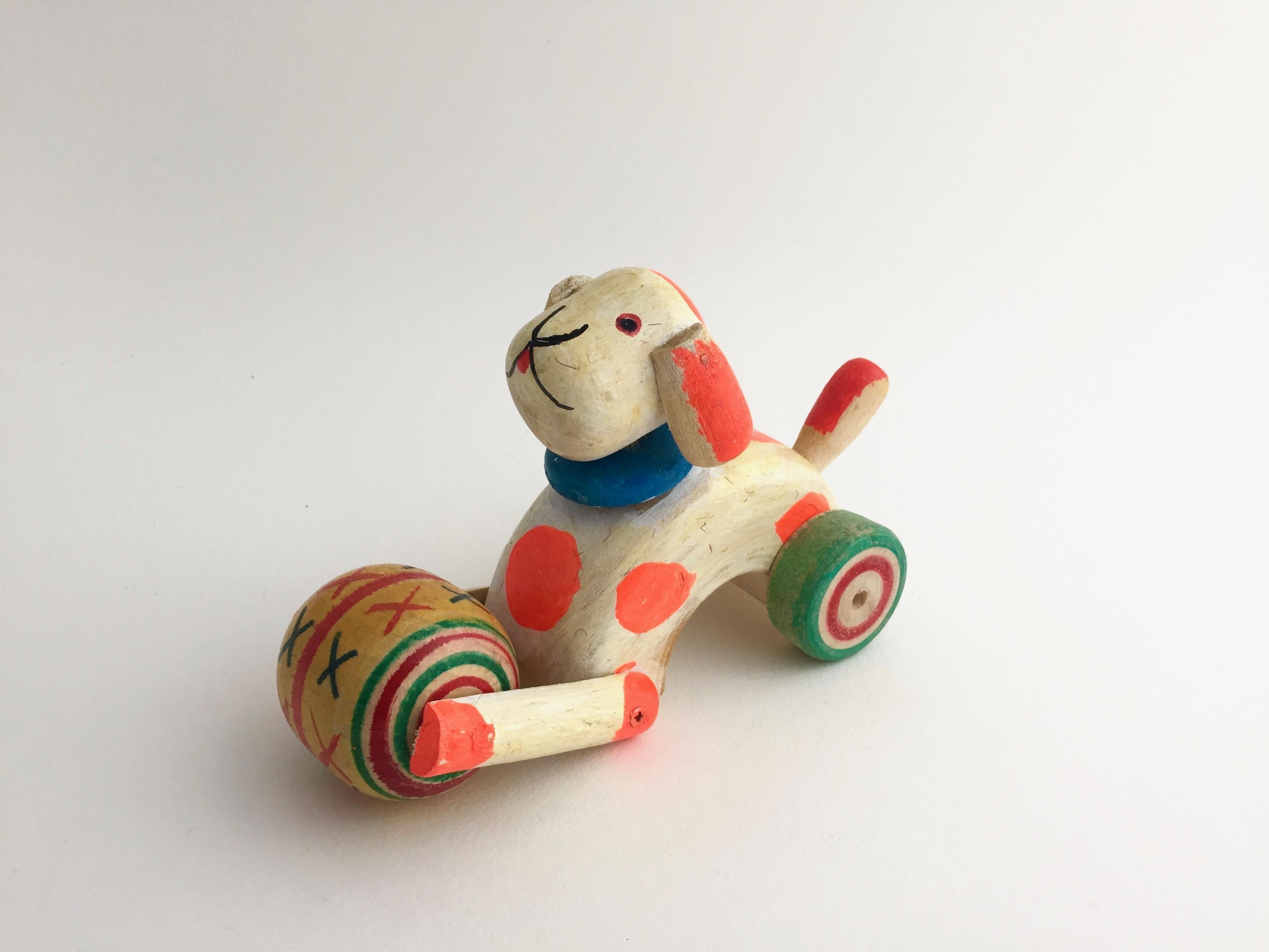 はりまや木地玩具「イヌの車」