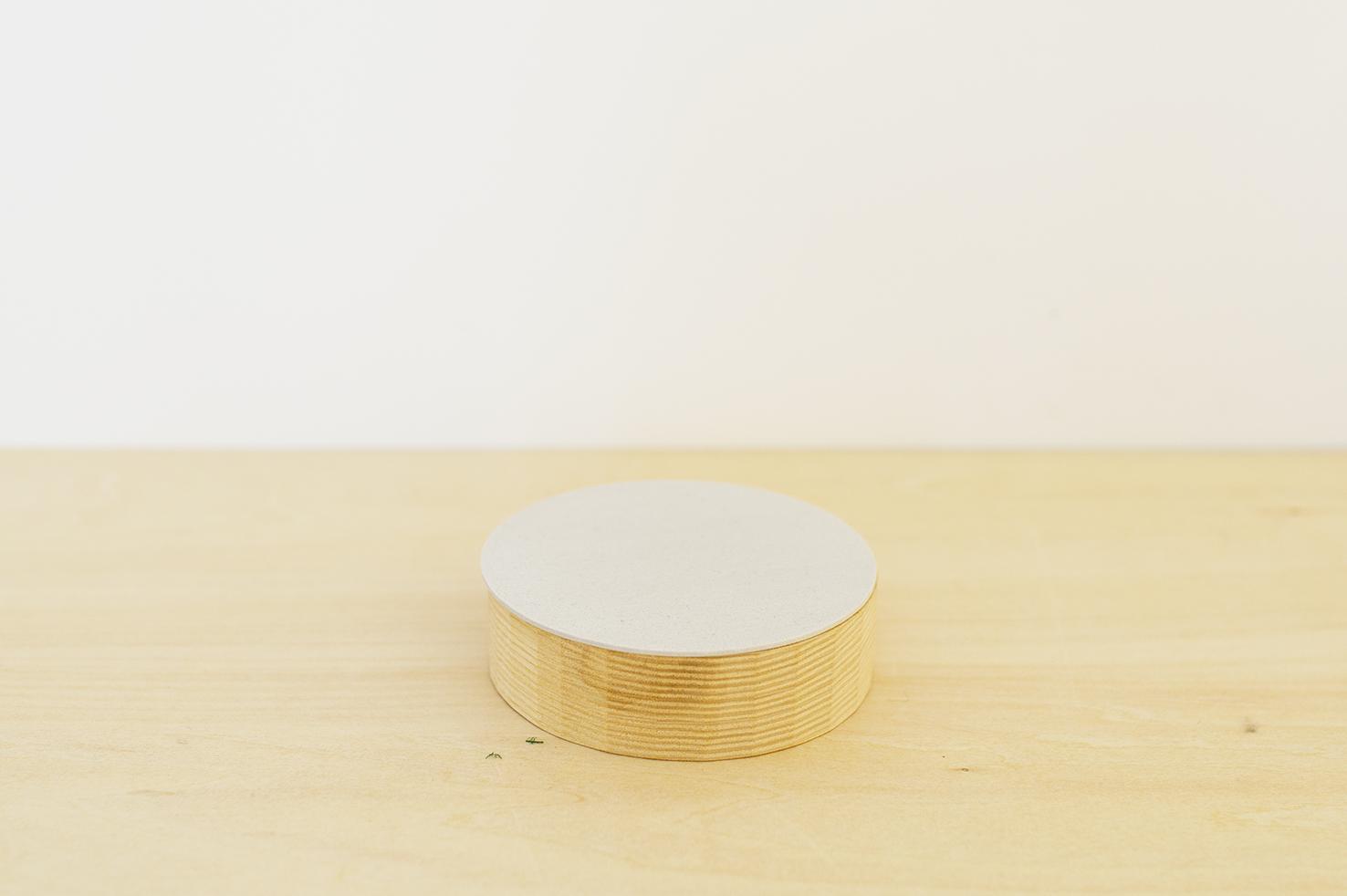 """jewelry box """"round"""" / 西本良太"""